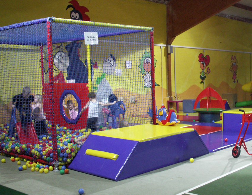Kids&Play Bönningstedt - Goosmoortwiete 40 - Tel: 040 - 55 66 543 ...